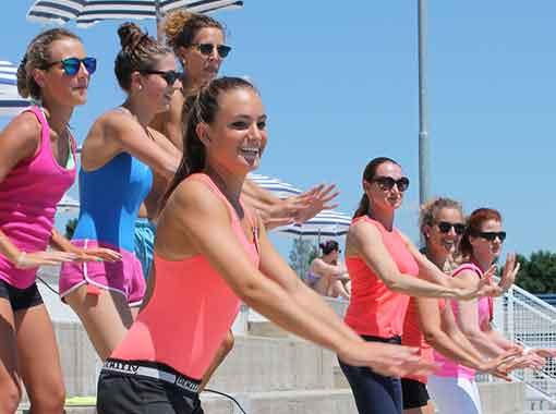 istruttrici fitness in acqua piscina montebelluna