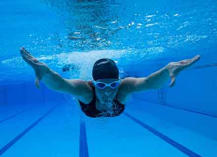 nuoto libero piscina montebelluna treviso